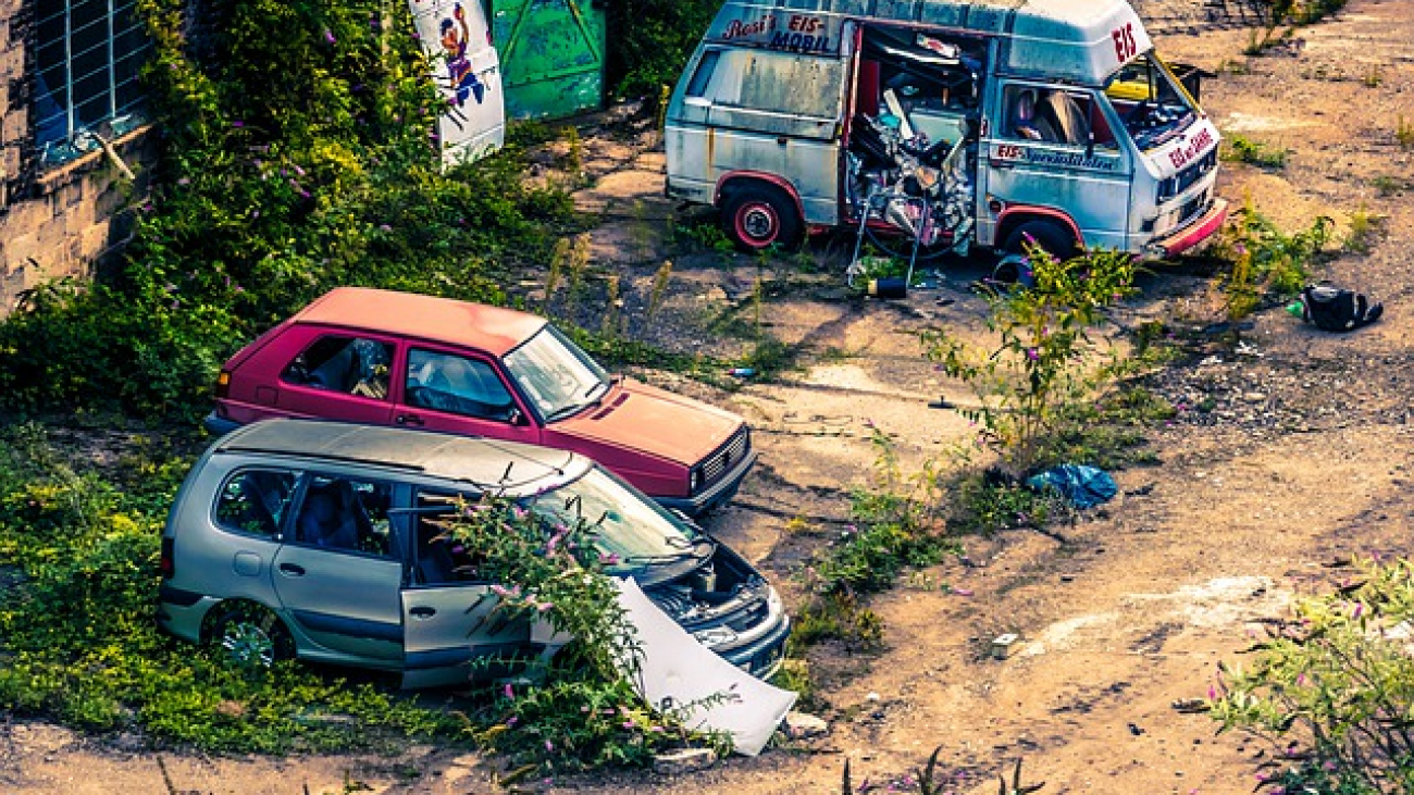 Junk car removal in Ontario