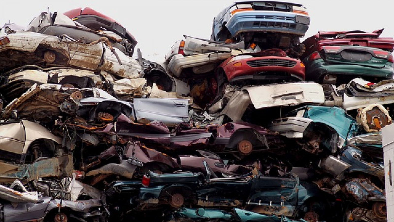 Scrap Yard to pick up your cars