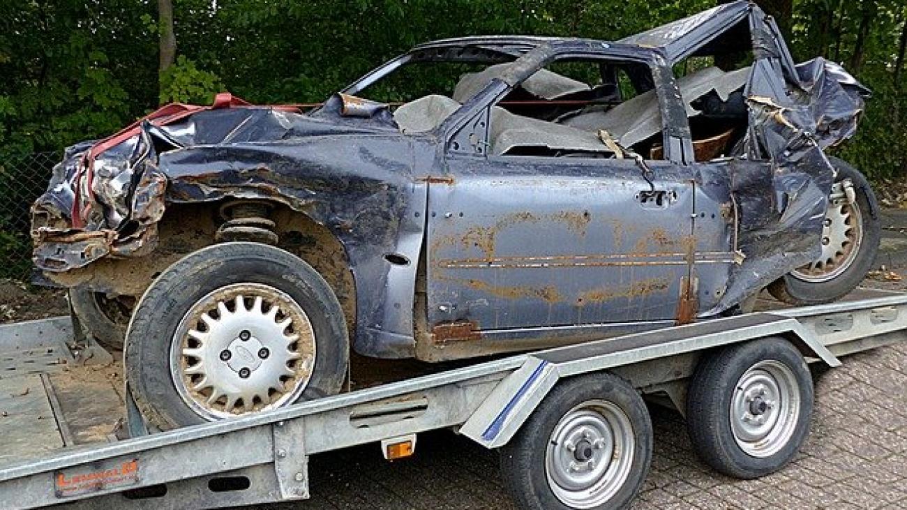 Remove accidental car in Ontario